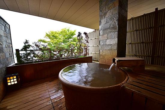 丸駒温泉旅館 -貸切&客室露天風呂ページその1- 貸切温泉 ...